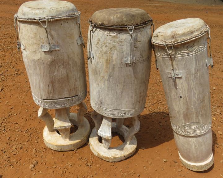 Jeu de 3 tambours à une peau